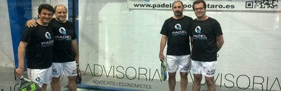 ADVISORIA patrocina la pista central de Pàdel Indoor Mataró